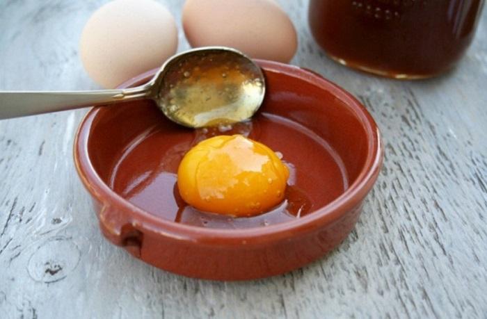 trứng gà ngâm mật ong ngon