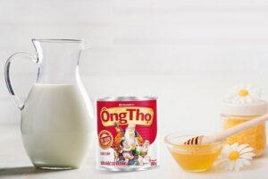 uống sữa ông thọ với mật ong